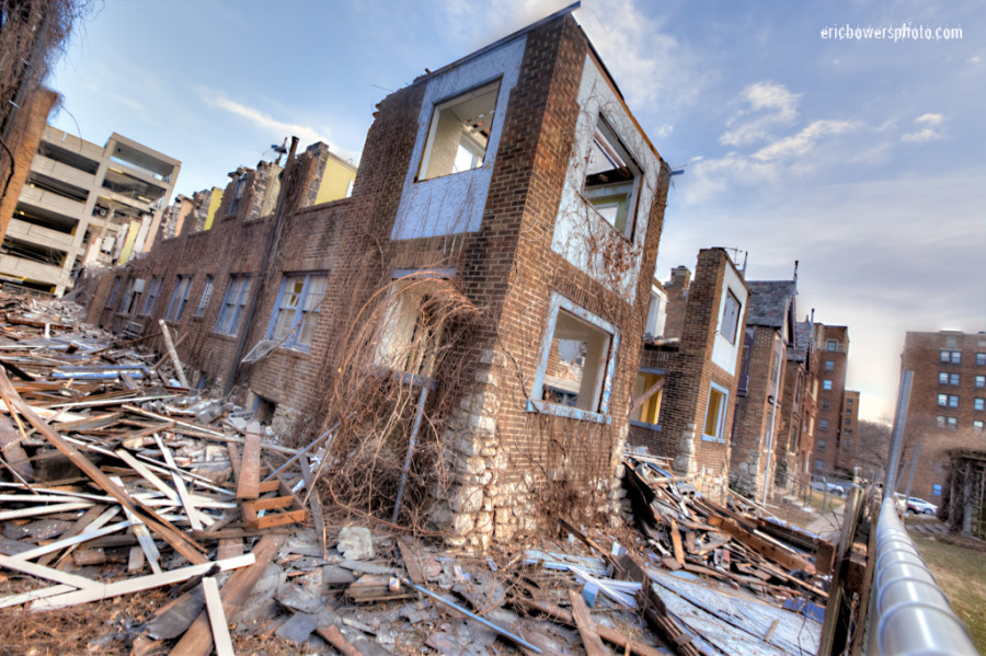 Historic Kansas City Apartments Under Demolition