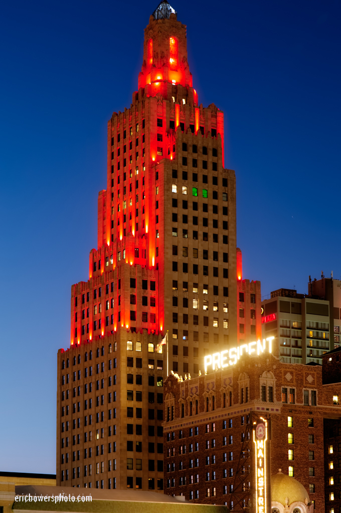 Power And Light Apartments In Chiefs Red Eric Bowers