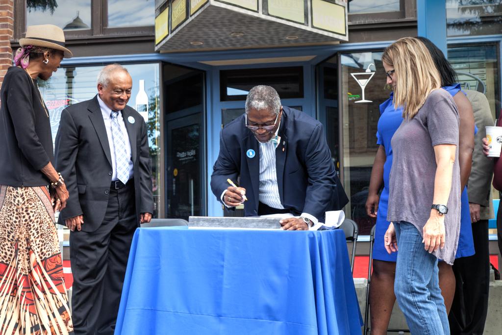 Mayor Sly James Rail Signing