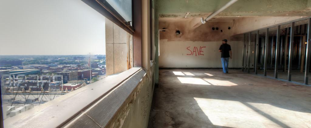 Kansas City's Power and Light Building renovations