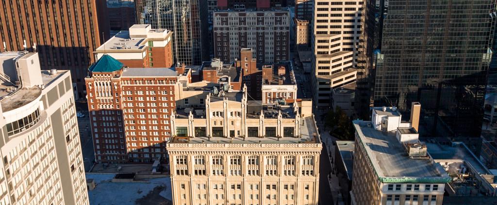Kansas City Highrise Exterior Photos