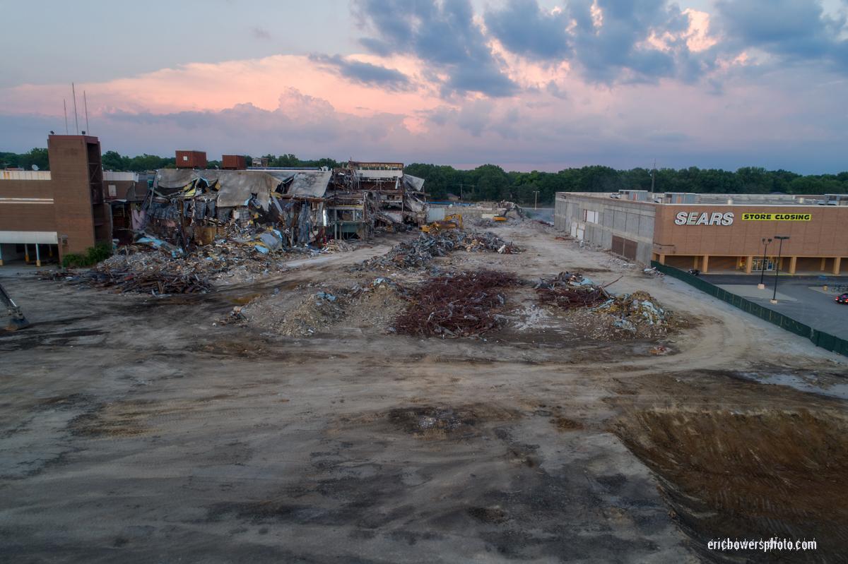 Metcalf South Mall Demolition Progress