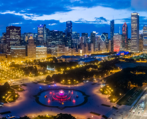 Chicago Loop Skyline - Grant Park & Buckingham Fountain