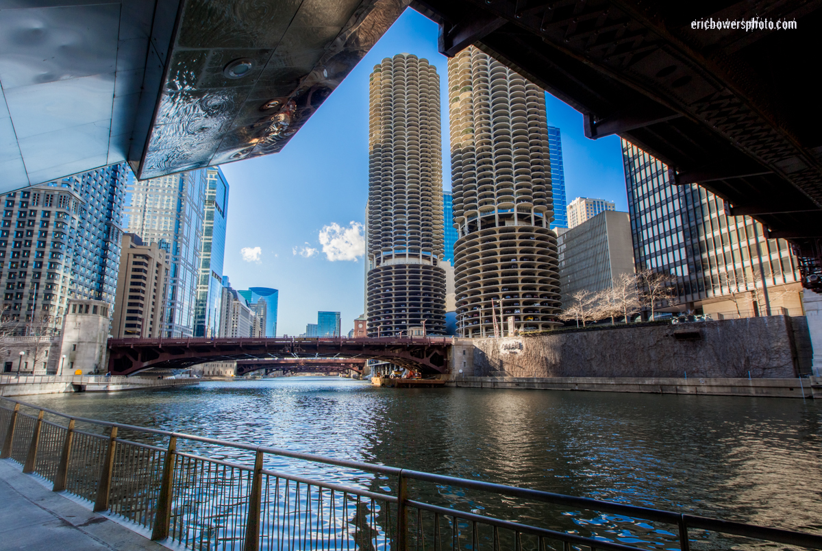 Chicago: Marina City Towers from Riverwalk
