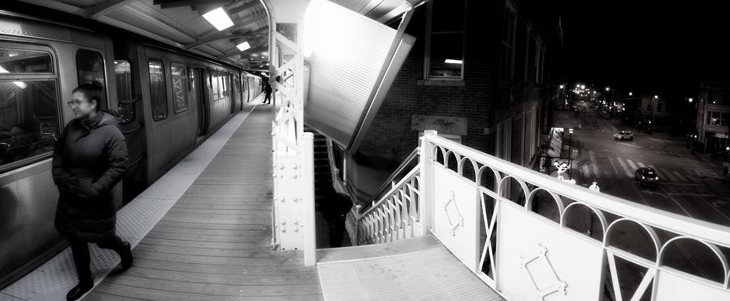 Chicago Blue Line El Train at Damen