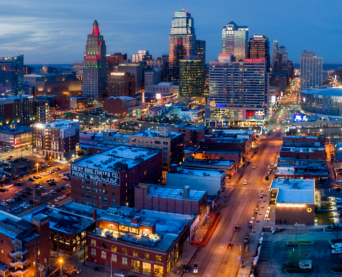 Kansas City Loews Hotel with Downtown Skyline (4)